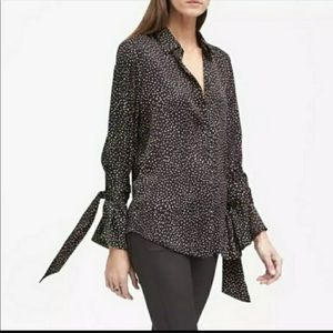 BANANA REPUBLIC TIE SLEEVE BLOUSE SZ M